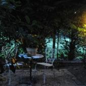 Angolo giardino di notte